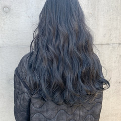 グレージュ アッシュ ストリート ハイライト ヘアスタイルや髪型の写真・画像