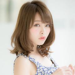 ミディアム 髪質改善トリートメント ナチュラル 大人かわいい ヘアスタイルや髪型の写真・画像