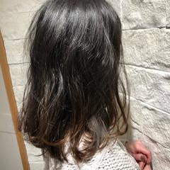 ナチュラル可愛い ミディアム ナチュラルグラデーション ゆるナチュラル ヘアスタイルや髪型の写真・画像