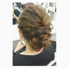 ゆるふわ シニヨン 大人かわいい ミディアム ヘアスタイルや髪型の写真・画像