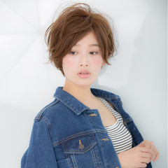 エレガント 上品 ショート ニュアンス ヘアスタイルや髪型の写真・画像