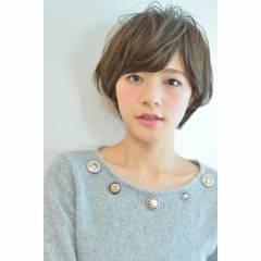 外国人風カラー 春 フェミニン ショート ヘアスタイルや髪型の写真・画像