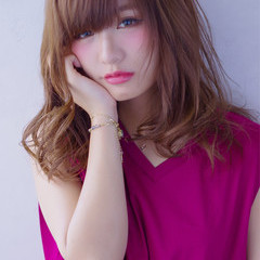 ミディアム 大人かわいい フェミニン ゆるふわ ヘアスタイルや髪型の写真・画像