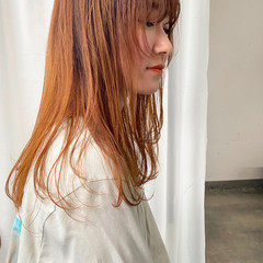 ロング ナチュラル オレンジカラー レイヤーカット ヘアスタイルや髪型の写真・画像