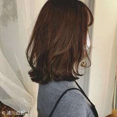 ナチュラル アンニュイほつれヘア デート 大人かわいい ヘアスタイルや髪型の写真・画像