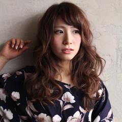 大人女子 大人かわいい キュート 斜め前髪 ヘアスタイルや髪型の写真・画像