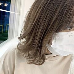 透明感 透明感カラー ナチュラル ベージュ ヘアスタイルや髪型の写真・画像