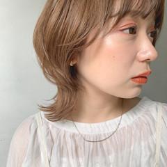シアーベージュ ウルフカット ナチュラル アンニュイほつれヘア ヘアスタイルや髪型の写真・画像