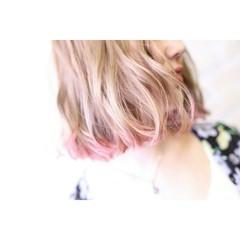 ダブルカラー ハイライト ガーリー 切りっぱなし ヘアスタイルや髪型の写真・画像