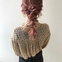 ピンク ロング ヘアアレンジ ピンクベージュ ヘアスタイルや髪型の写真・画像
