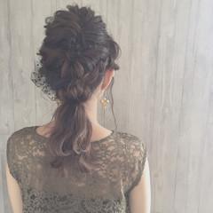 ねじり 結婚式 二次会 ヘアアレンジ ヘアスタイルや髪型の写真・画像
