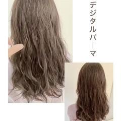 アンニュイほつれヘア グレージュ ナチュラル ナチュラルデジパ ヘアスタイルや髪型の写真・画像
