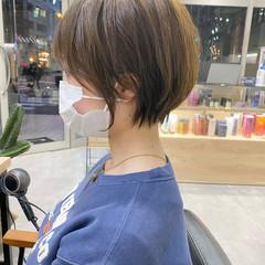 ミルクティーベージュ シースルーバング ショートボブ ベージュ ヘアスタイルや髪型の写真・画像