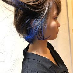 ブルー 個性的 インナーカラー ボブ ヘアスタイルや髪型の写真・画像