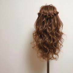 フェミニン ロング ヘアセット ハーフアップ ヘアスタイルや髪型の写真・画像
