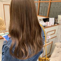 ブラウンベージュ ナチュラル セミロング ナチュラルベージュ ヘアスタイルや髪型の写真・画像