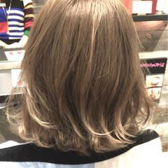 ストリート ボブ ベージュ 透明感 ヘアスタイルや髪型の写真・画像