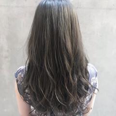 透明感カラー ロング ナチュラル アンニュイほつれヘア ヘアスタイルや髪型の写真・画像