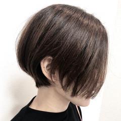前下がりボブ ショートボブ モード ショート ヘアスタイルや髪型の写真・画像