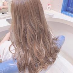 透明感カラー 3Dハイライト ロング 圧倒的透明感 ヘアスタイルや髪型の写真・画像