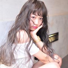 グラデーションカラー フェミニン 透明感 ロング ヘアスタイルや髪型の写真・画像