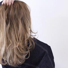 ハイトーン バレイヤージュ ブリーチ ストリート ヘアスタイルや髪型の写真・画像