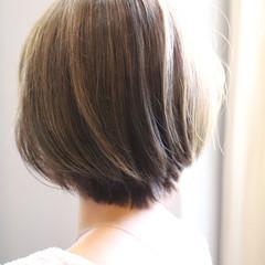 ショート ハイライト 大人可愛い 大人ハイライト ヘアスタイルや髪型の写真・画像
