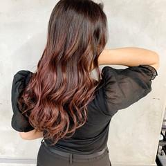 ラベンダーピンク コントラストハイライト ロング うる艶カラー ヘアスタイルや髪型の写真・画像