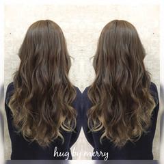 暗髪 ガーリー グラデーションカラー アッシュ ヘアスタイルや髪型の写真・画像