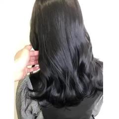 ナチュラル ブルーブラック ロング 暗髪女子 ヘアスタイルや髪型の写真・画像