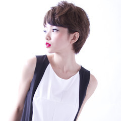 大人女子 かっこいい ショート モード ヘアスタイルや髪型の写真・画像