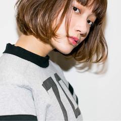 ストリート ハイライト 大人かわいい 外ハネ ヘアスタイルや髪型の写真・画像