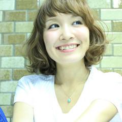 アッシュ 大人かわいい ピュア ハイライト ヘアスタイルや髪型の写真・画像