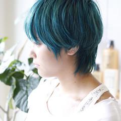 ダブルカラー ショート ハイトーン ストリート ヘアスタイルや髪型の写真・画像