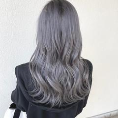 ブリーチオンカラー グレー セミロング ダブルカラー ヘアスタイルや髪型の写真・画像