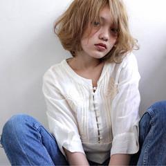 ボブ 外国人風 ハイライト くせ毛風 ヘアスタイルや髪型の写真・画像