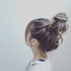 簡単ヘアアレンジ ルーズ ロング フェミニン ヘアスタイルや髪型の写真・画像