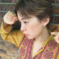 透明感 アッシュベージュ ナチュラル ハイトーン ヘアスタイルや髪型の写真・画像