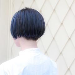 ブリーチ ブルー ショートボブ ネイビー ヘアスタイルや髪型の写真・画像