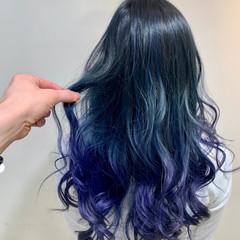 セミロング ブルーグラデーション ダブルカラー グラデーションカラー ヘアスタイルや髪型の写真・画像