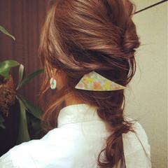 簡単ヘアアレンジ セミロング 夏 ハイライト ヘアスタイルや髪型の写真・画像