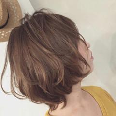 ボブ ママヘア ガーリー ボブ ヘアスタイルや髪型の写真・画像