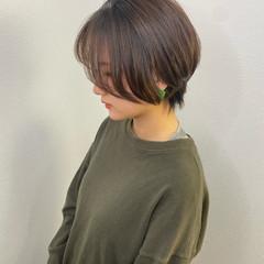 ハンサムショート コテ巻き ショート 透明感 ヘアスタイルや髪型の写真・画像