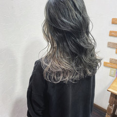 インナーカラー ナチュラル グレージュ アッシュグレージュ ヘアスタイルや髪型の写真・画像