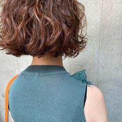 ボブ ヘアアレンジ デート パーマ ヘアスタイルや髪型の写真・画像