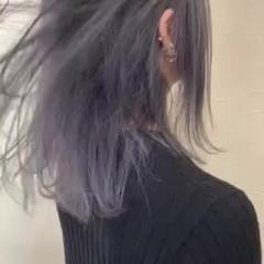 ブリーチ シルバー グラデーションカラー ミディアム ヘアスタイルや髪型の写真・画像