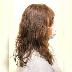 ゆるナチュラル ゆるふわパーマ ナチュラル可愛い セミロング ヘアスタイルや髪型の写真・画像