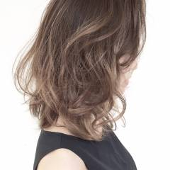 ハイライト 外国人風カラー ミディアム グラデーションカラー ヘアスタイルや髪型の写真・画像