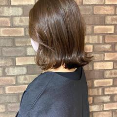 切りっぱなしボブ 外ハネ アディクシーカラー イルミナカラー ヘアスタイルや髪型の写真・画像