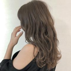 秋 セミロング ナチュラル ミルクティー ヘアスタイルや髪型の写真・画像